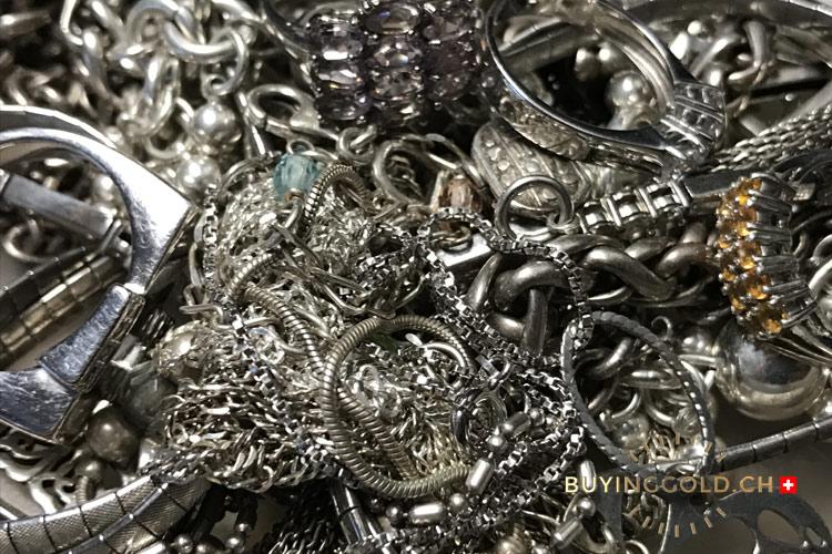 silver jewelry photo
