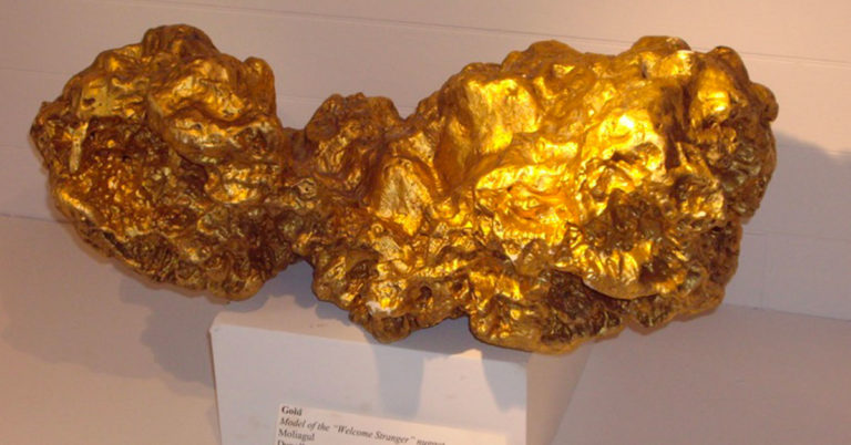 "The ""Welcome Stranger"", the biggest gold nugget in the world"